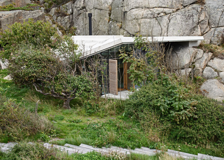 14 seaside cabin stepped concrete roof lund hagem