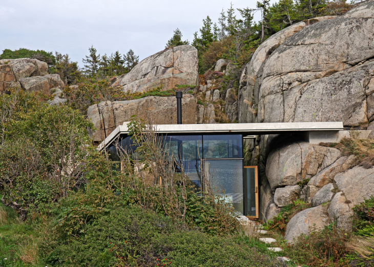 2 seaside cabin stepped concrete roof lund hagem